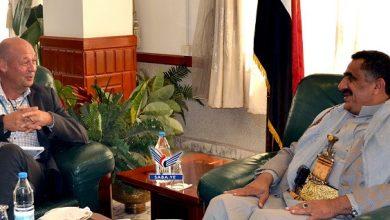 Photo of وزير النفط يلتقي منسق الشؤون الإنسانية لدى اليمن
